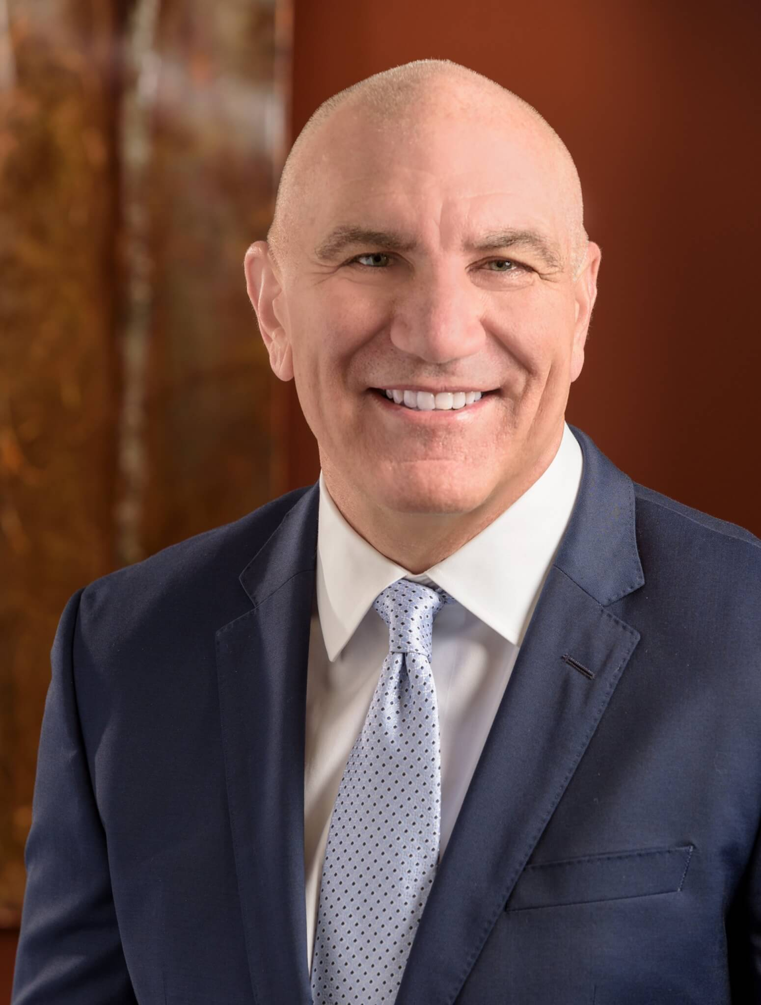 Dr. Eric Kuhn